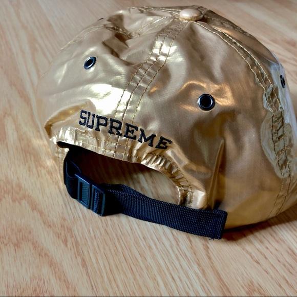 6e84ae8a7 SUPREME X THE NORTH FACE GOLD METALLIC 6 PANEL